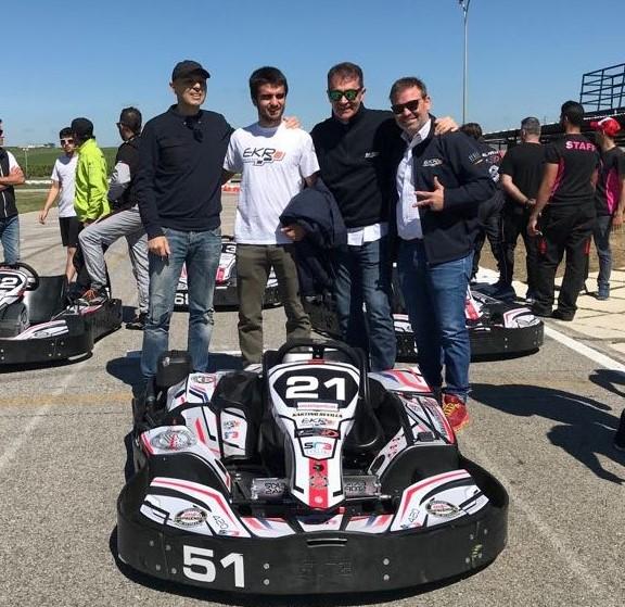 Ekr kart racing-racefacer